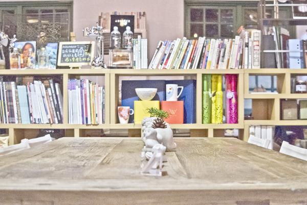 悦楽書店10